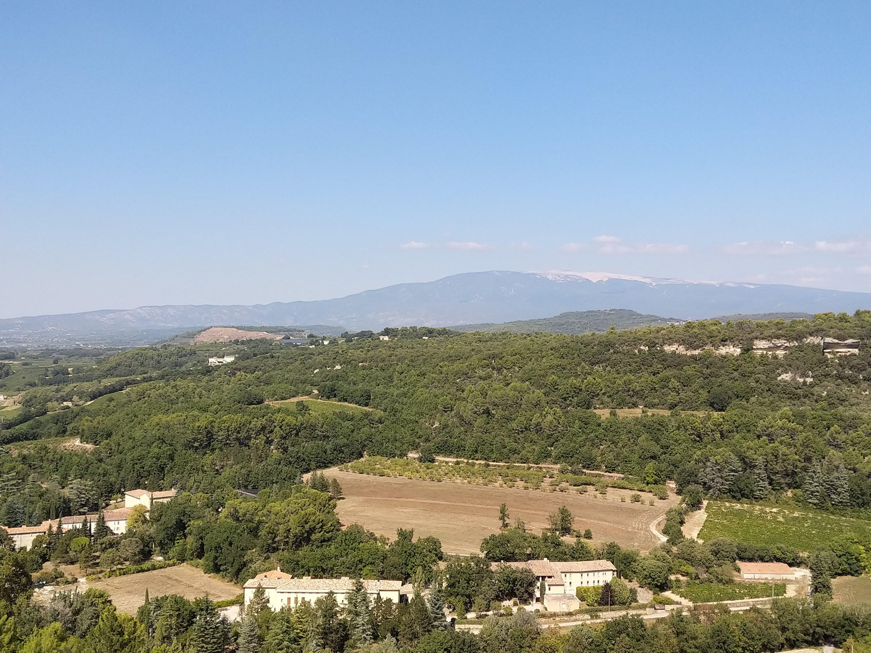 Mont Ventoux vu depuis Venasque.